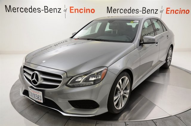 Certified pre owned vehicles mercedes benz of encino for Mercedes benz valencia service